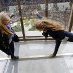 Torre Eiffel pavimento in vetro