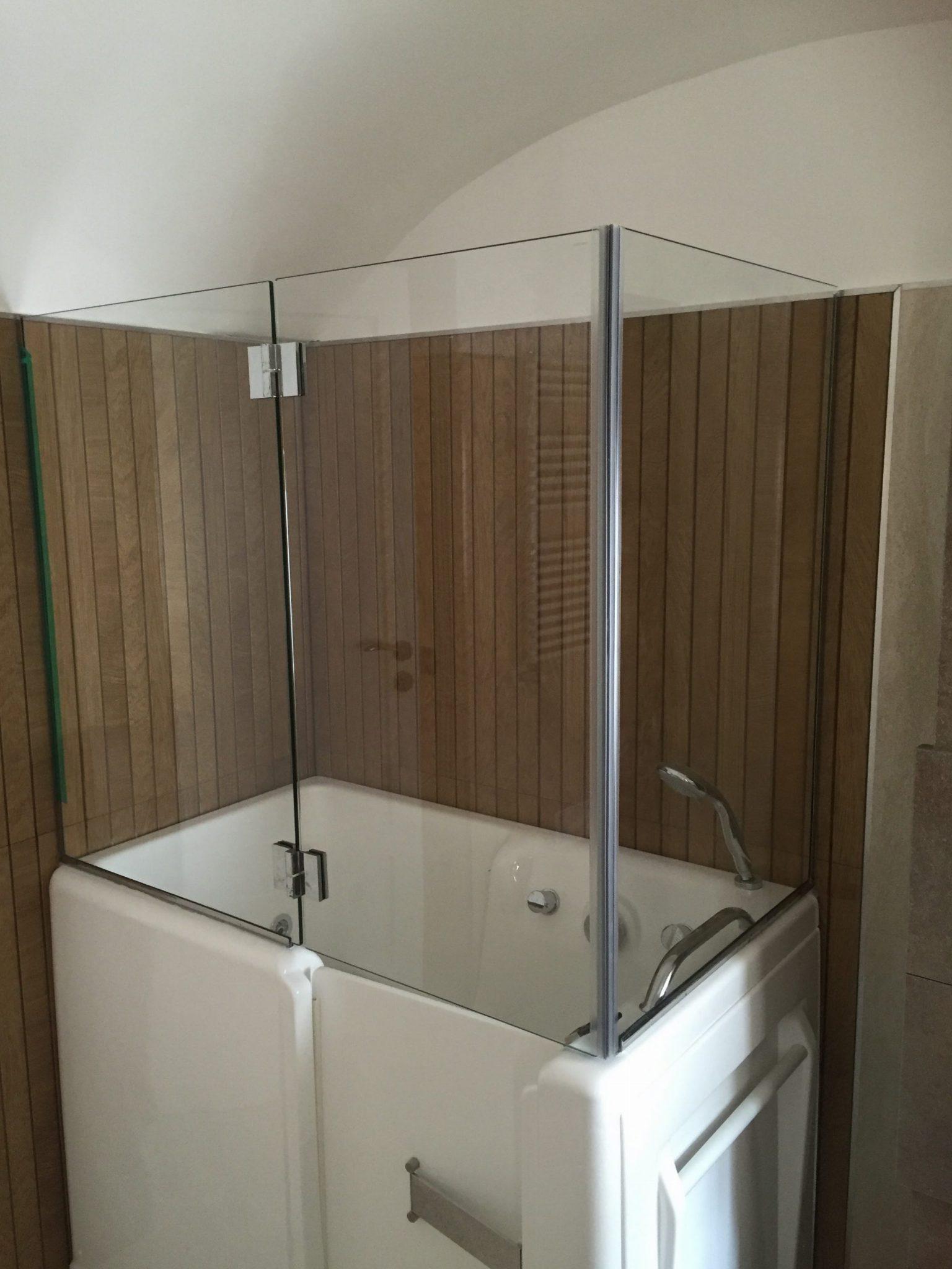 Box doccia in cristallo extra chiaro satinato vetreria - Box doccia per sottotetto ...