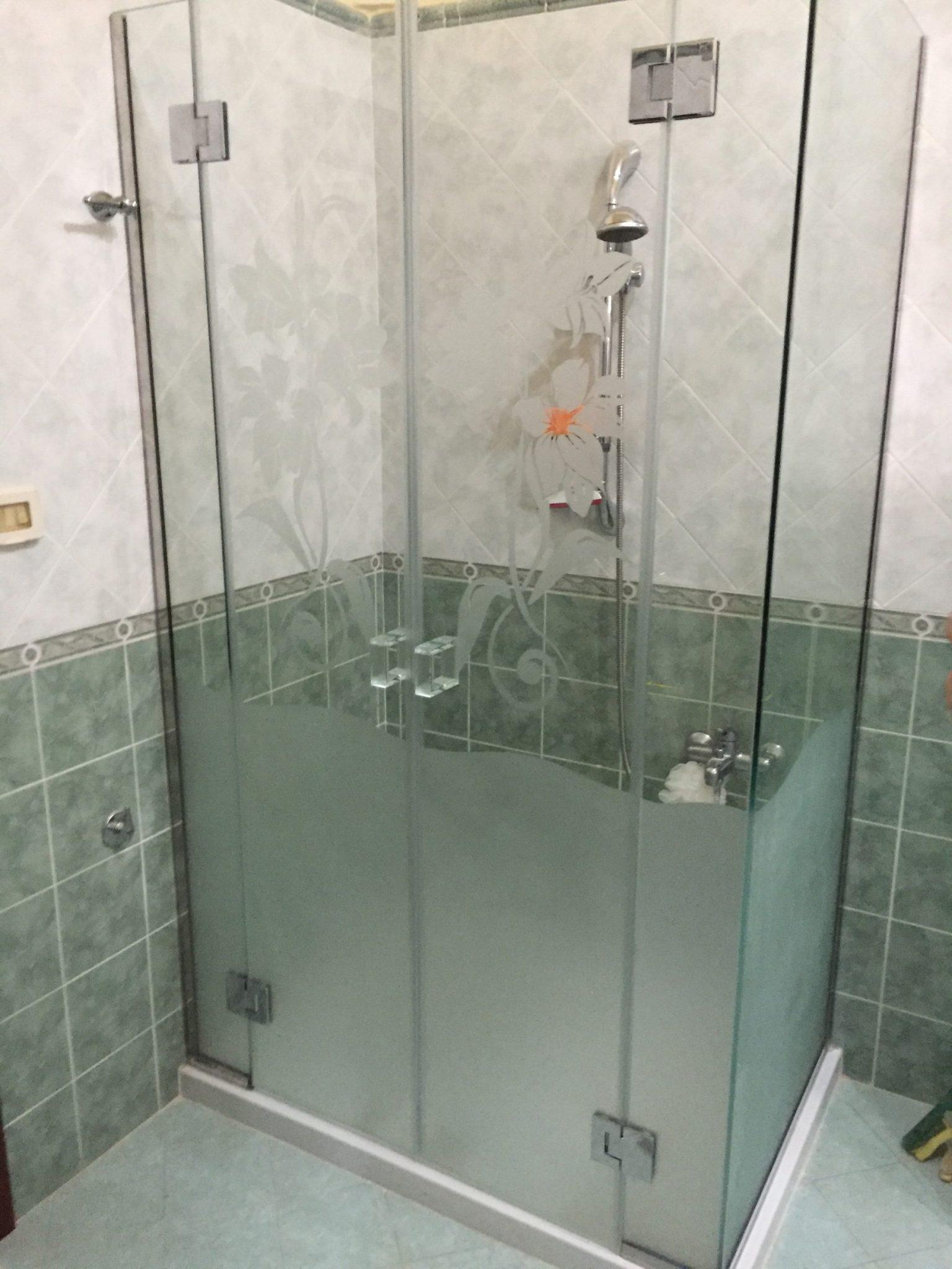 Scegliere il Box-doccia (Accessori e vetro) - Vetreria L'arte nel ...