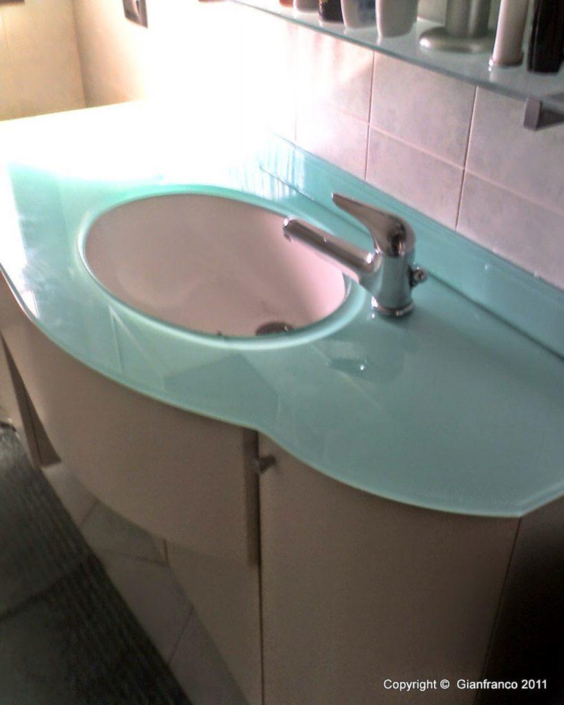 Top bagno in cristallo