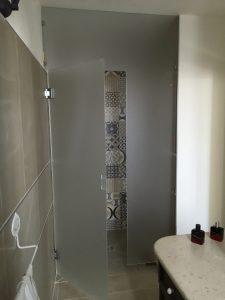 Box doccia a parete con fisso in unico pezzo